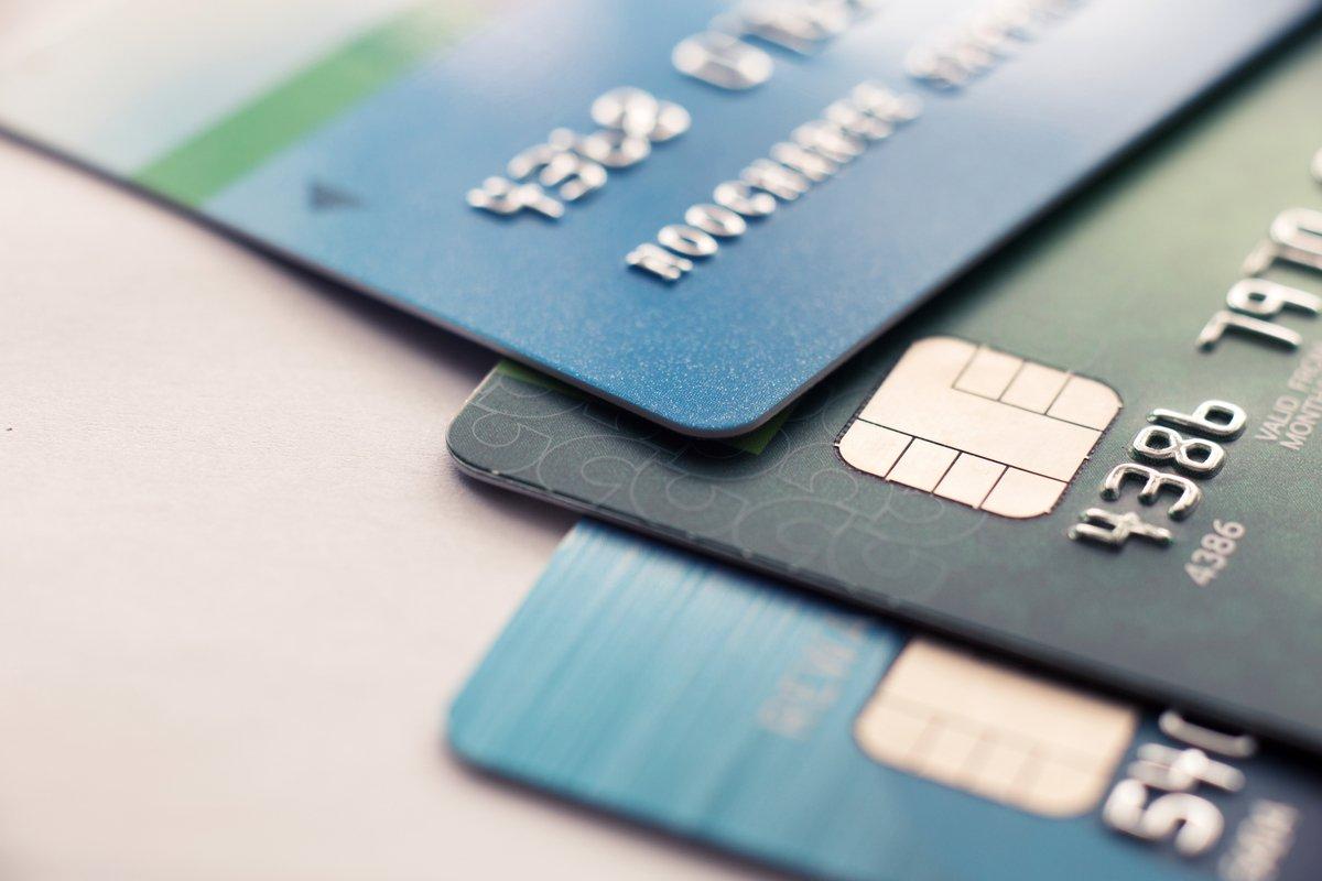【クレカ比較】「Amazon Mastercard クラシック」と「リクルートカード」どちらがポイントを貯めやすいクレカか