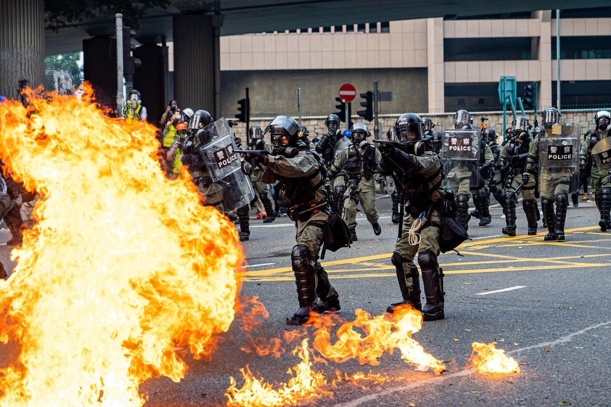 """""""治安のギャップ""""が怖い香港情勢、来年も出張・駐在にはリスクあり!?"""