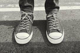 大人が履くからこそカッコいい。おすすめのローテクスニーカー5足