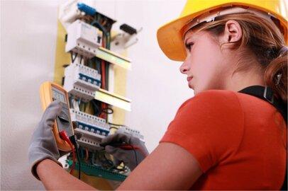 女性の電気工の給料はどのくらいか