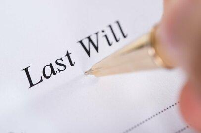還暦を過ぎたら考えたい「財産の終活」、リスクヘッジとしての遺言