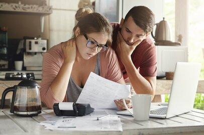我が家は平均より上か下か?全世帯の貯蓄と負債の平均額