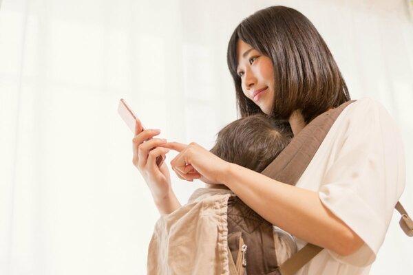 マッチングアプリやSNSでママ友づくり、便利だけど注意点も